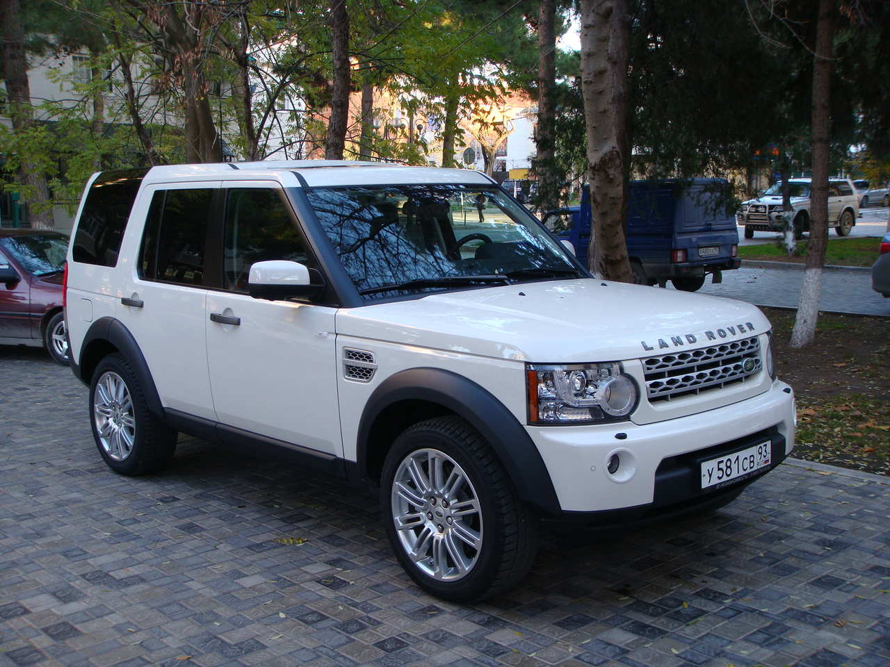 2009 land rover discovery pictures 3000cc diesel. Black Bedroom Furniture Sets. Home Design Ideas