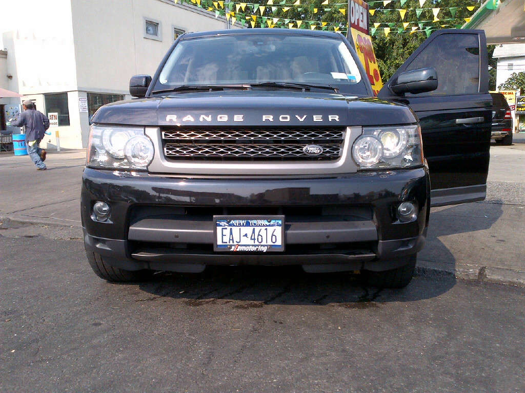 used 2010 land rover range rover sport photos 5000cc gasoline automatic for sale. Black Bedroom Furniture Sets. Home Design Ideas