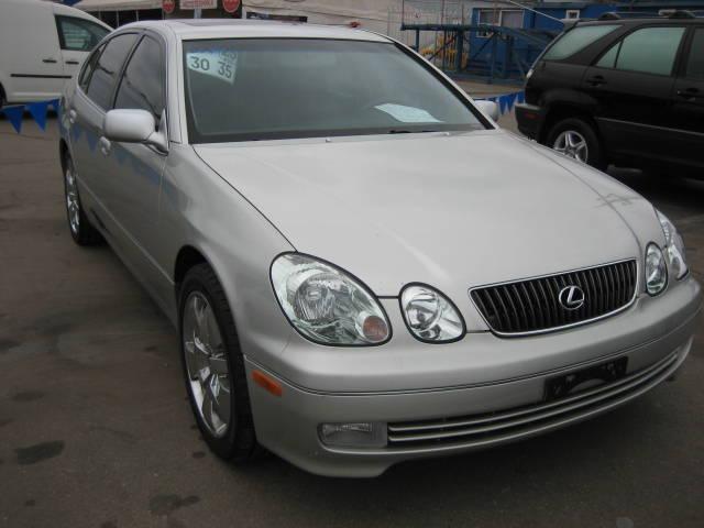 http://www.cars-directory.net/pics/lexus/gs300/2004/lexus_gs300_a1242240070b2688693_orig.jpg