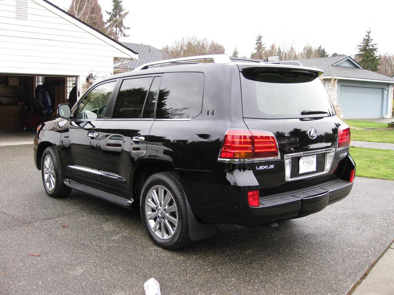 2009 lexus lx570 photos 5 7 gasoline automatic for sale. Black Bedroom Furniture Sets. Home Design Ideas