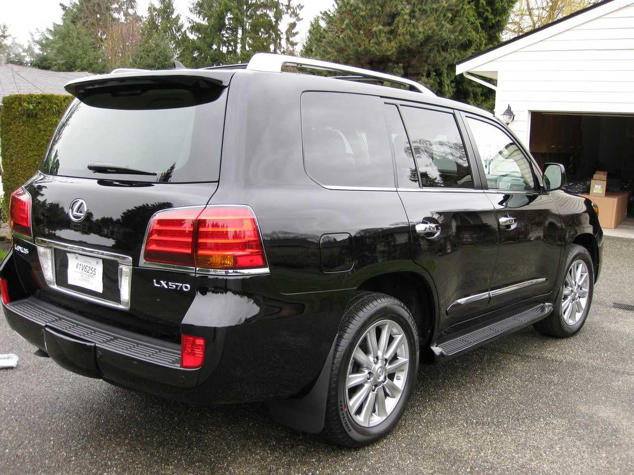 2009 lexus lx570 photos 5700cc gasoline automatic for sale. Black Bedroom Furniture Sets. Home Design Ideas