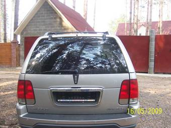2003 Lincoln Aviator Pictures