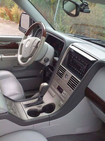 2005 lincoln aviator for sale. Black Bedroom Furniture Sets. Home Design Ideas