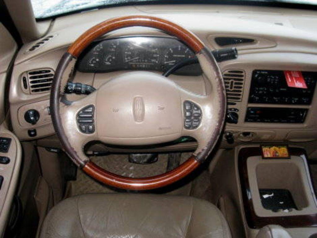 1997 lincoln navigator interior