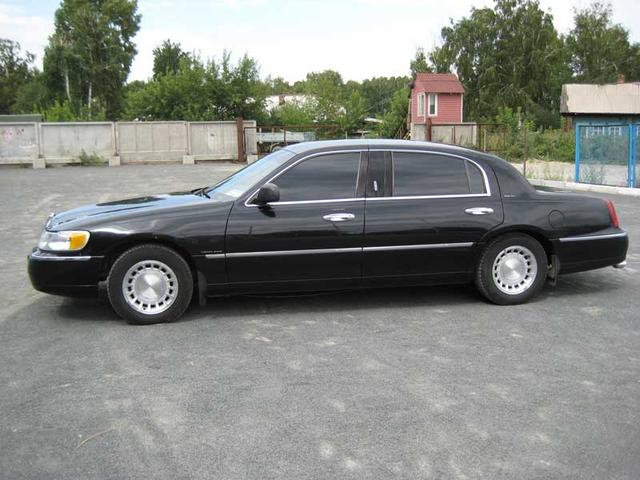 2000 Lincoln Town Car Pics 4 6 Gasoline Fr Or Rr