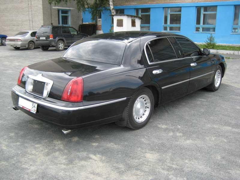 2000 lincoln town car photos 4 6 gasoline fr or rr automatic for sale. Black Bedroom Furniture Sets. Home Design Ideas