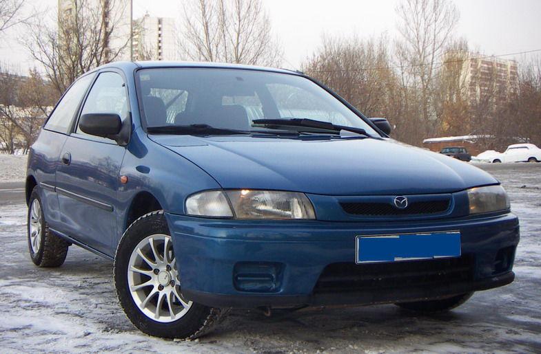 1998 Mazda 323.
