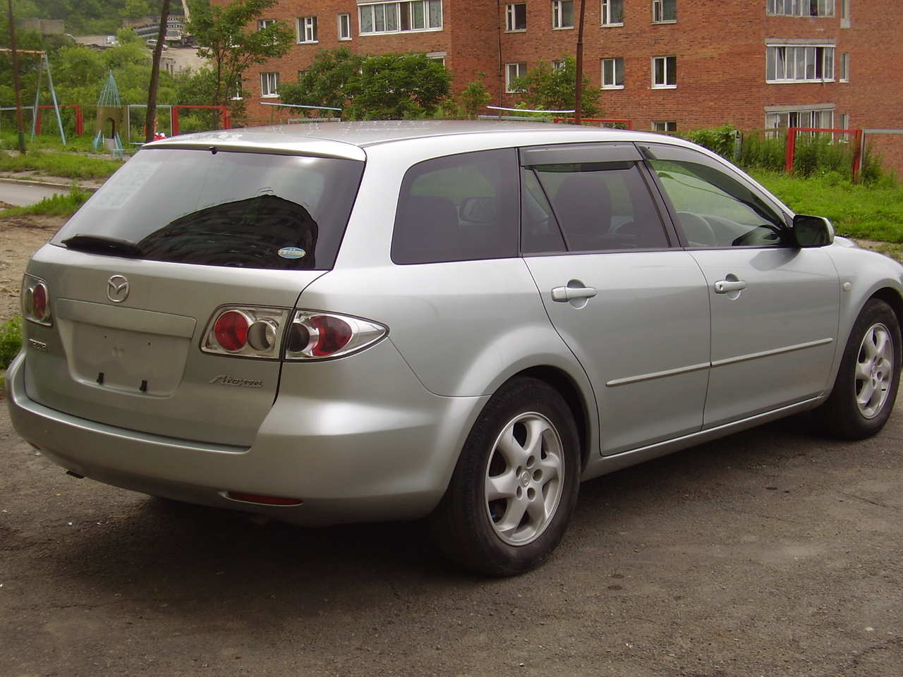 2004 mazda atenza sport wagon photos 2 3 gasoline automatic for sale. Black Bedroom Furniture Sets. Home Design Ideas