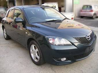 2006 Mazda Axela Photos