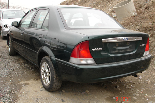 2000 Mazda FORD Laser Photos