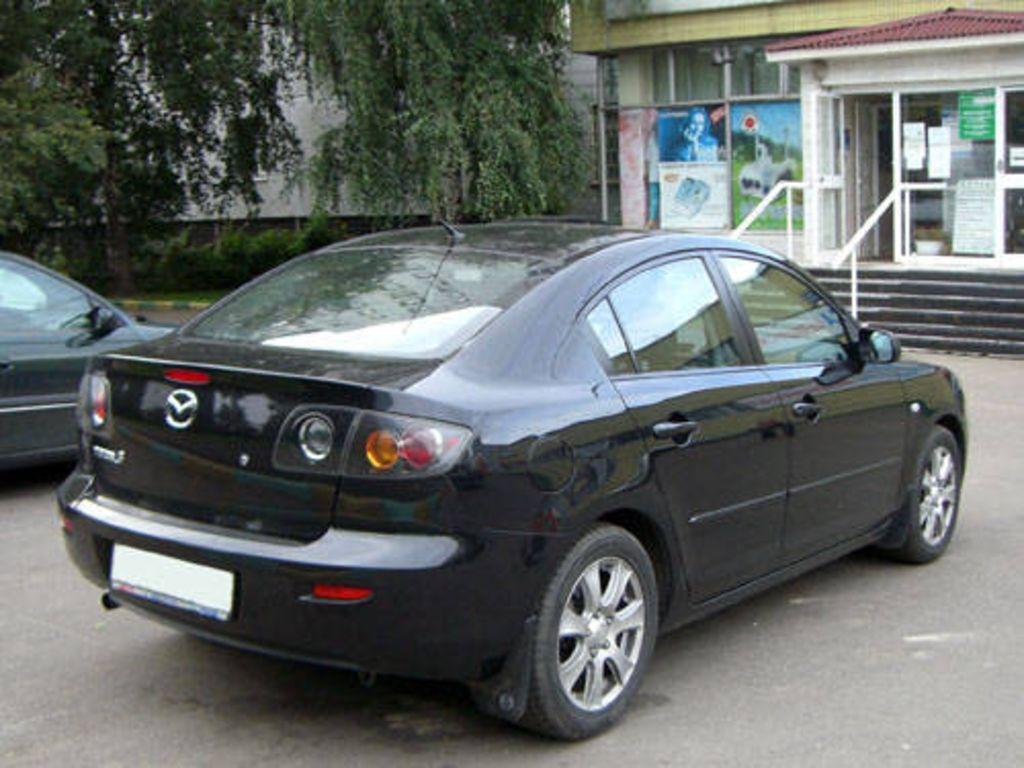 2005 Mazda Mazda3 Pictures