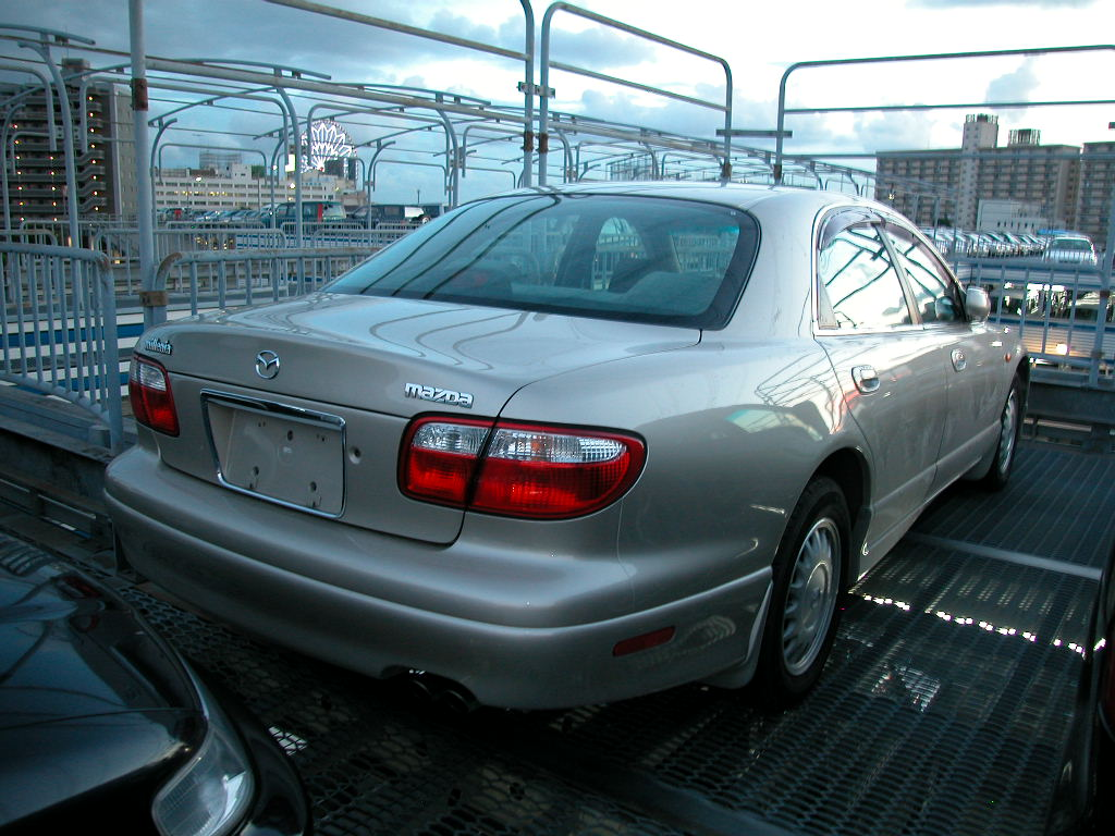 1998 Mazda Millenia Photos.