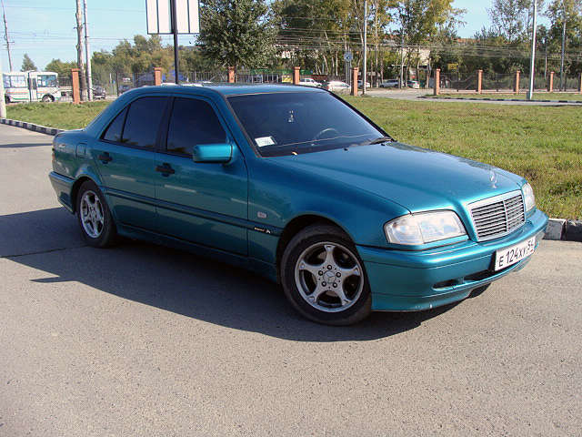 2000 mercedes benz c class pictures gasoline fr or rr for Common problems with mercedes benz c class