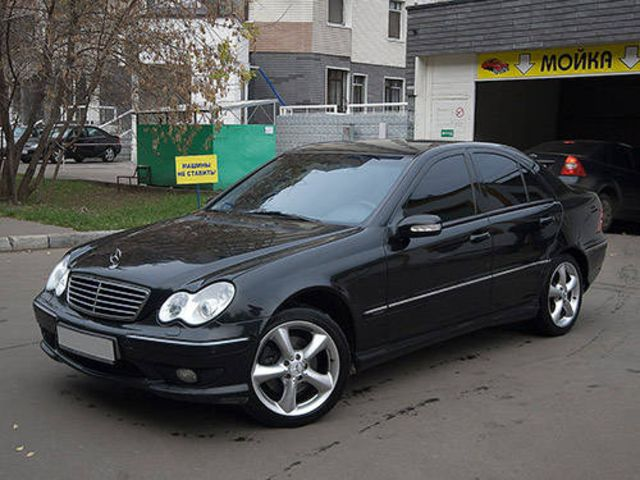 2003 mercedes benz c class pictures. Black Bedroom Furniture Sets. Home Design Ideas