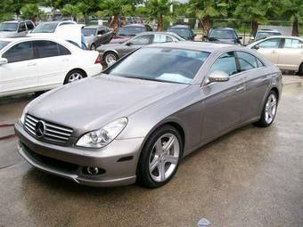 Used 2006 mercedes benz c class images 5000cc gasoline for Common problems with mercedes benz c class