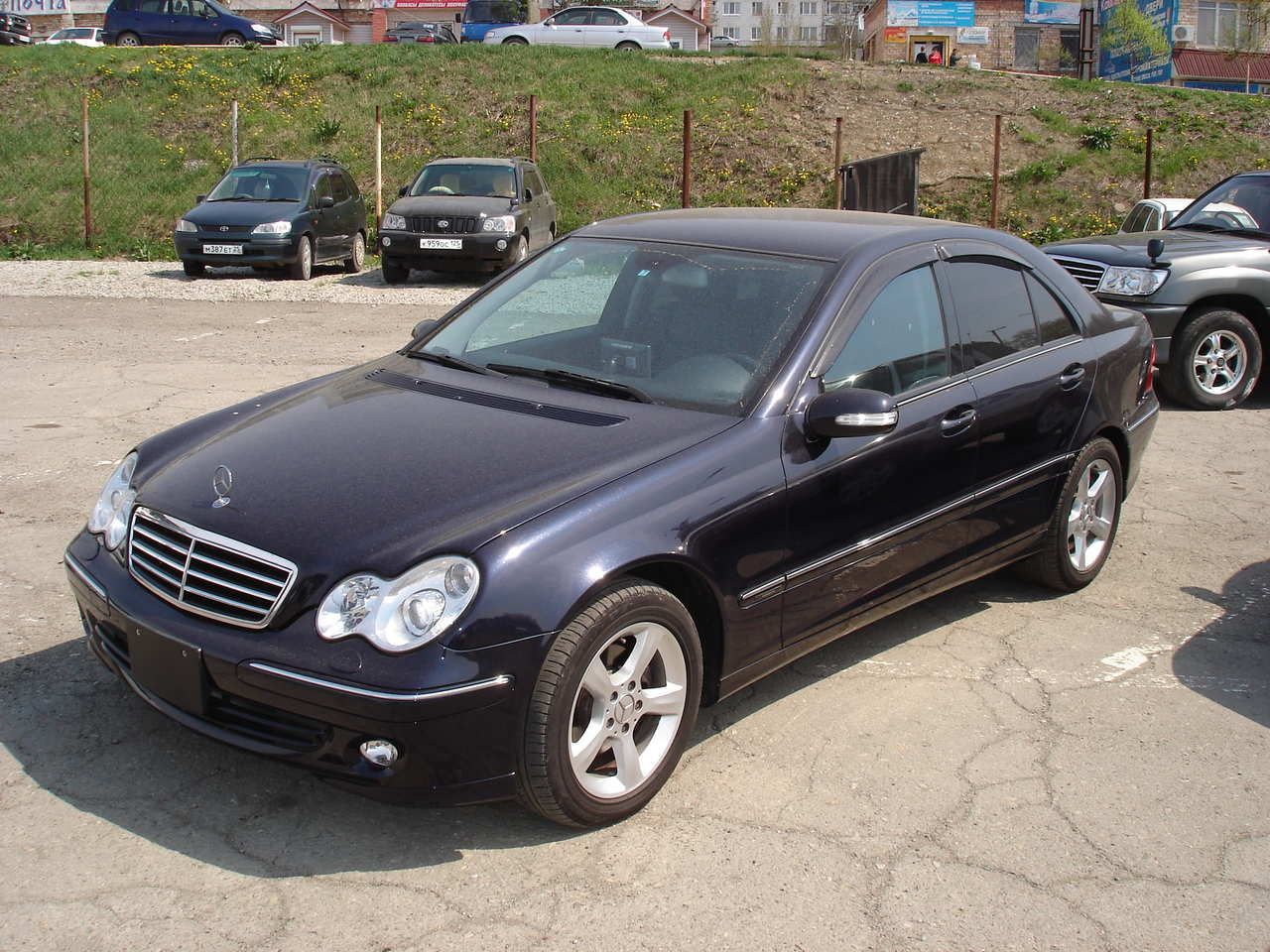 2006 mercedes benz c class photos 2 5 gasoline fr or rr automatic for sale. Black Bedroom Furniture Sets. Home Design Ideas