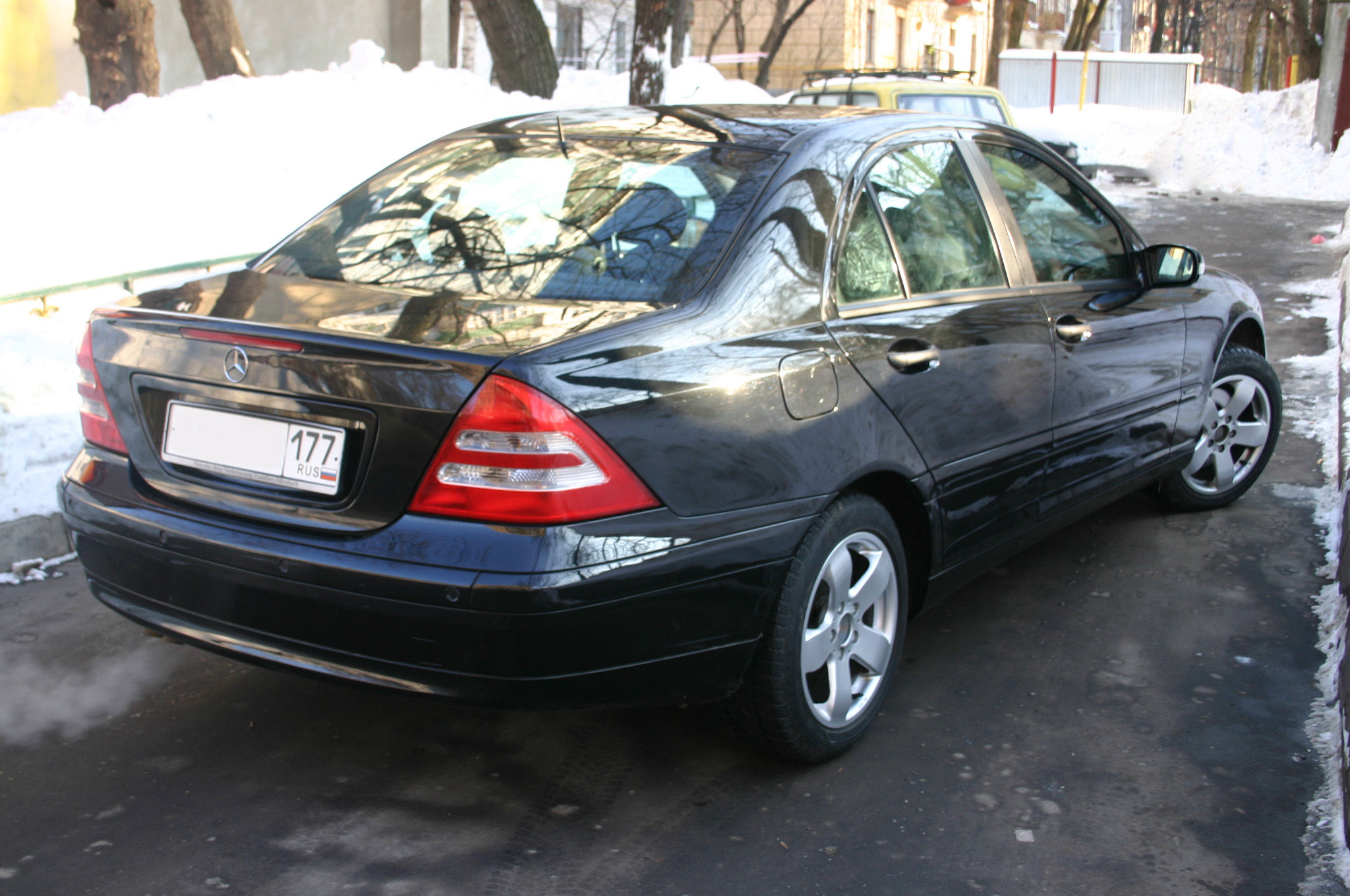 2001 mercedes benz c240 pictures for sale. Black Bedroom Furniture Sets. Home Design Ideas