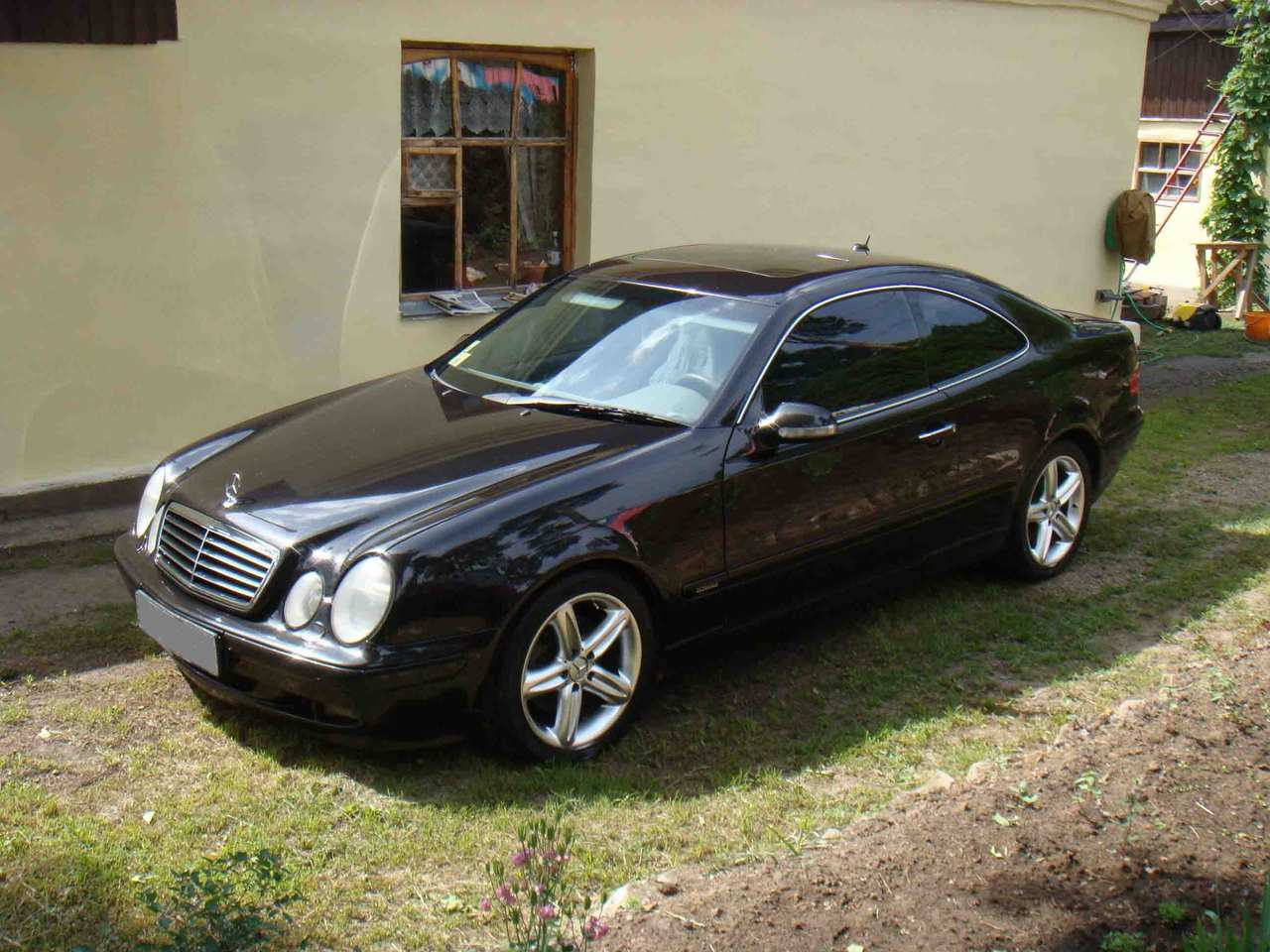 2000 mercedes benz clk class photos 3 2 gasoline fr or rr automatic for sale. Black Bedroom Furniture Sets. Home Design Ideas