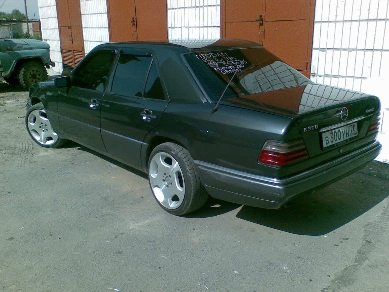 Used 1994 mercedes benz e class photos 3000cc gasoline for Mercedes benz e320 1994