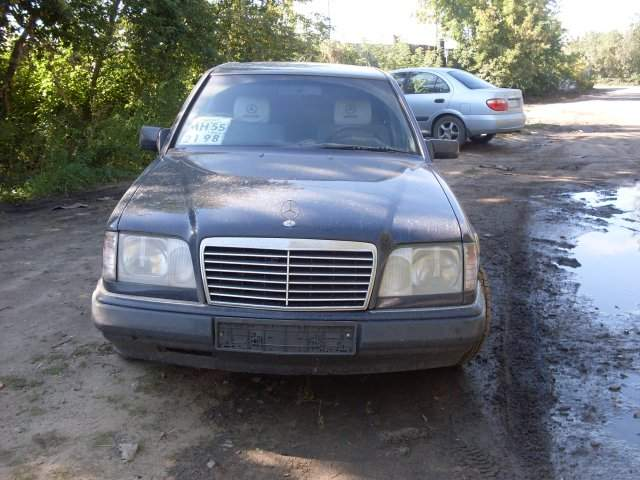 Used 1994 mercedes benz e class photos 2000cc automatic for 1994 mercedes benz e class
