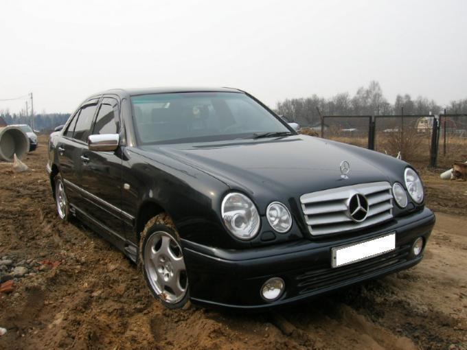 1997 mercedes benz e class pictures gasoline fr for Mercedes benz e320 1997