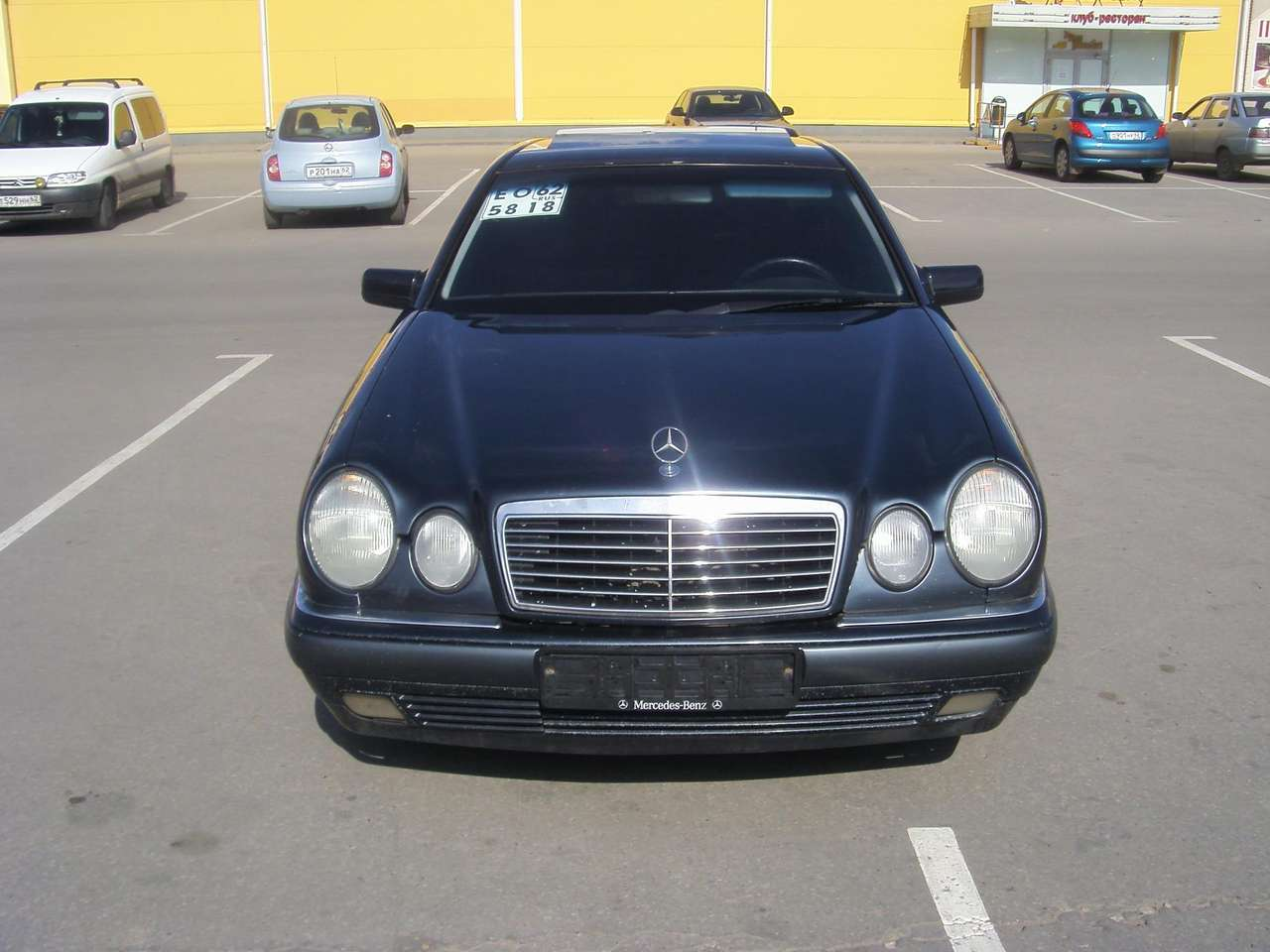 1999 mercedes benz e class photos 2 4 gasoline fr or rr. Black Bedroom Furniture Sets. Home Design Ideas