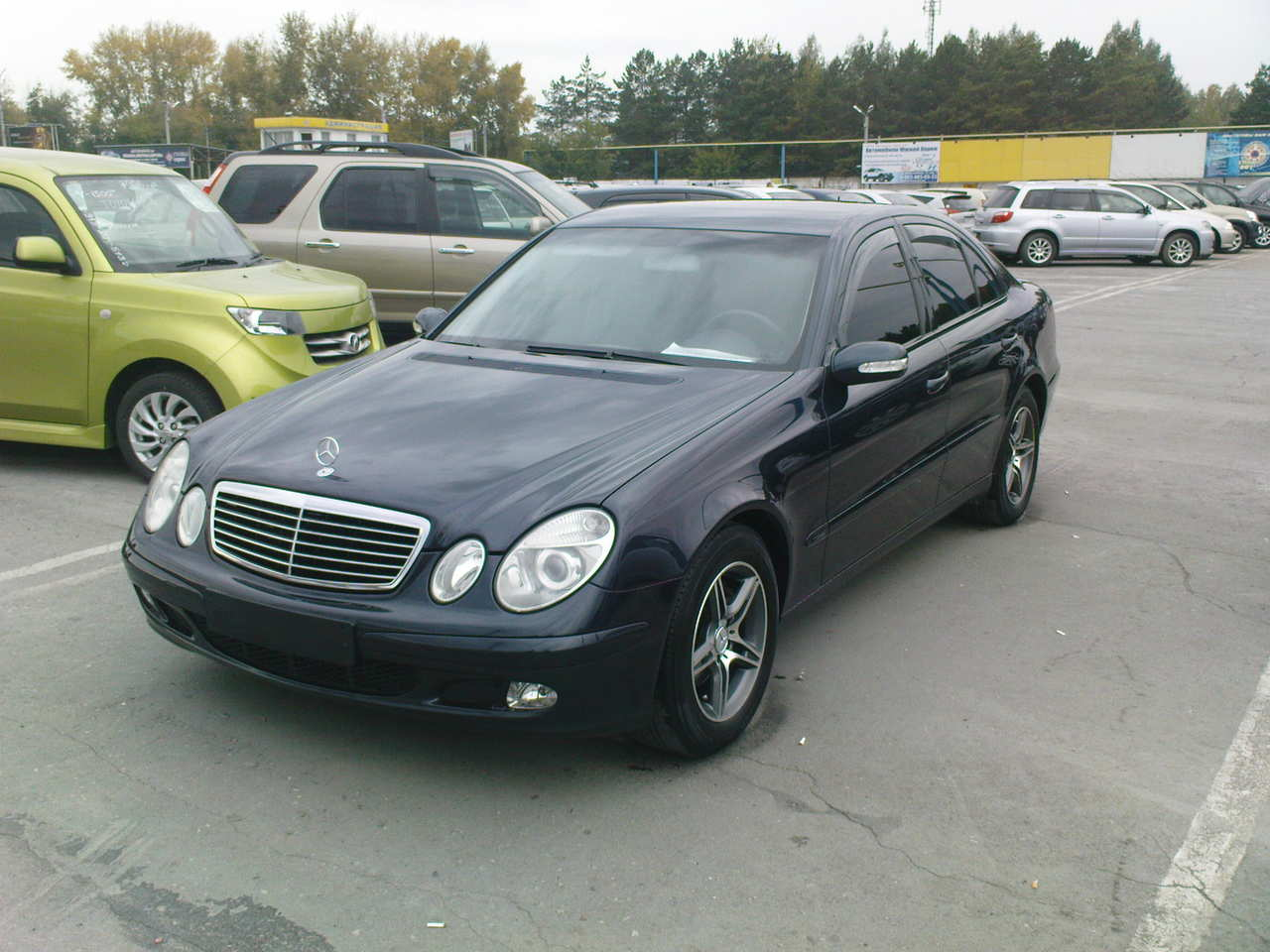 2002 mercedes benz e class pictures fr or rr. Black Bedroom Furniture Sets. Home Design Ideas