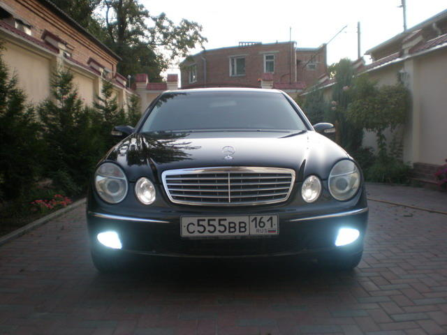 Used 2004 mercedes benz e class photos 3200cc gasoline for Mercedes benz e class 2004