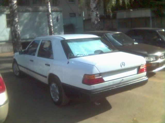 1985 mercedes benz e230 pictures 2300cc gasoline fr or for Mercedes benz e230