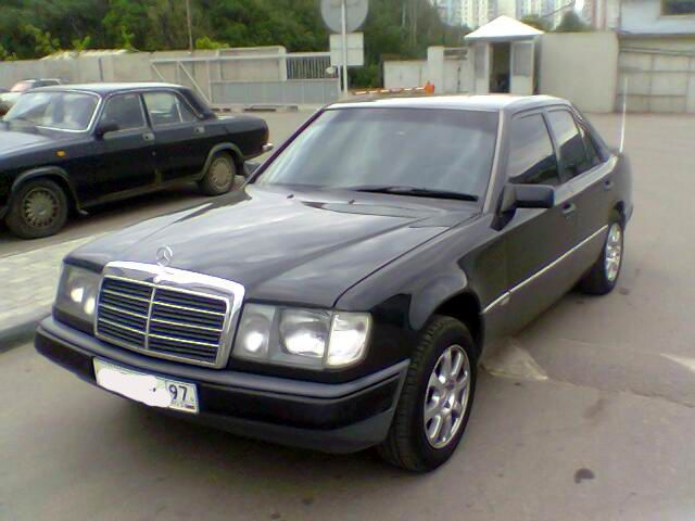 1991 mercedes benz e230 pictures gasoline fr or rr. Black Bedroom Furniture Sets. Home Design Ideas