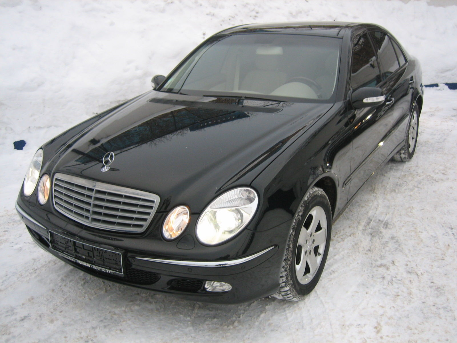 2002 mercedes benz e320 pictures. Black Bedroom Furniture Sets. Home Design Ideas
