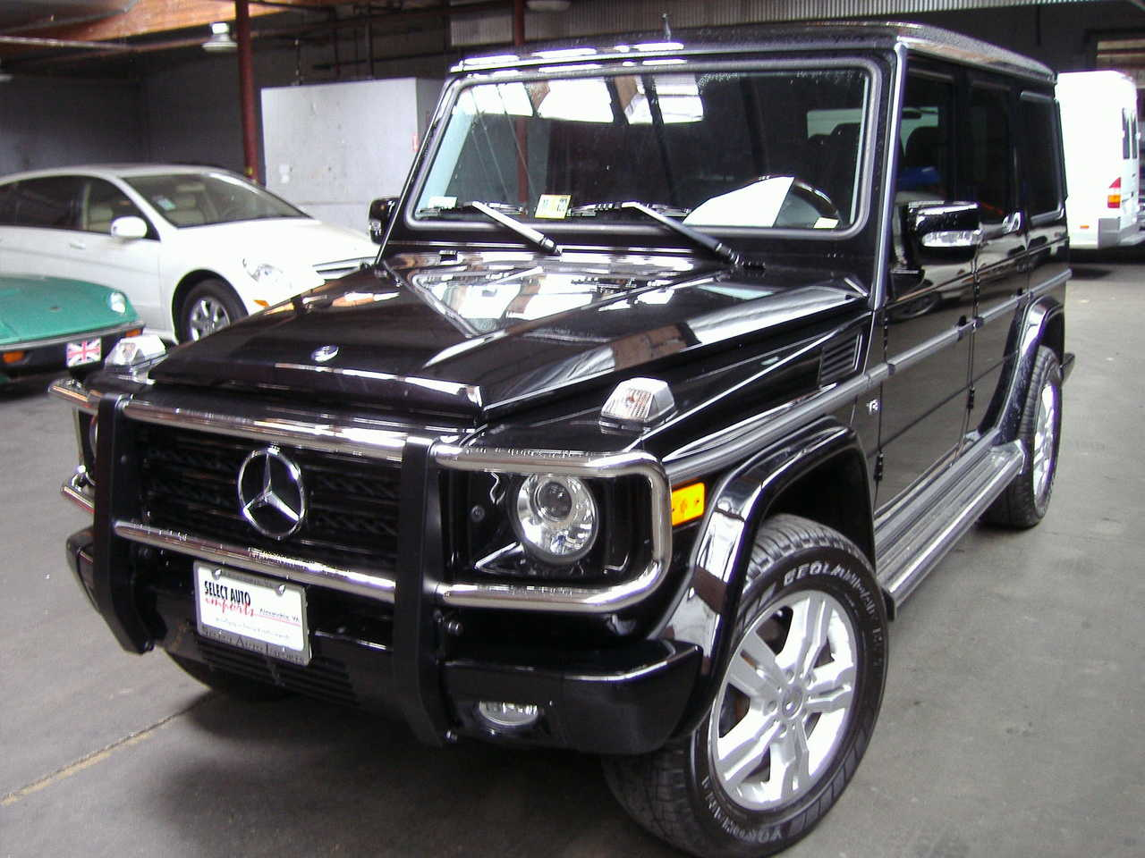 2010 mercedes benz g class photos 5 5 gasoline for Mercedes benz g class 2010 for sale