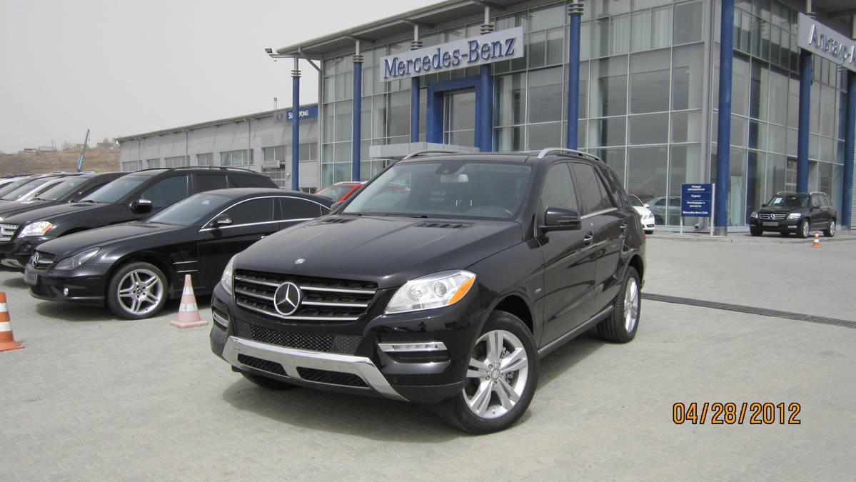 Used 2012 mercedes benz ml class photos 3500cc gasoline for Mercedes benz ml 2012 for sale