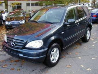 2002 mercedes benz ml320 photos 3200cc gasoline. Black Bedroom Furniture Sets. Home Design Ideas