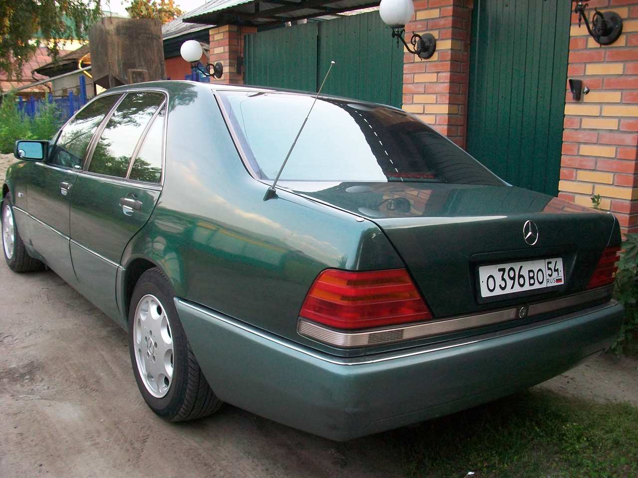 used 1991 mercedes benz s class photos 3200cc gasoline fr or rr automatic for sale. Black Bedroom Furniture Sets. Home Design Ideas