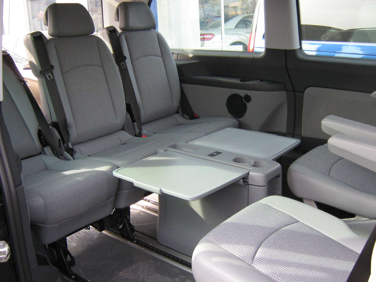 2011 Mercedes Benz Viano Images 2143cc Diesel