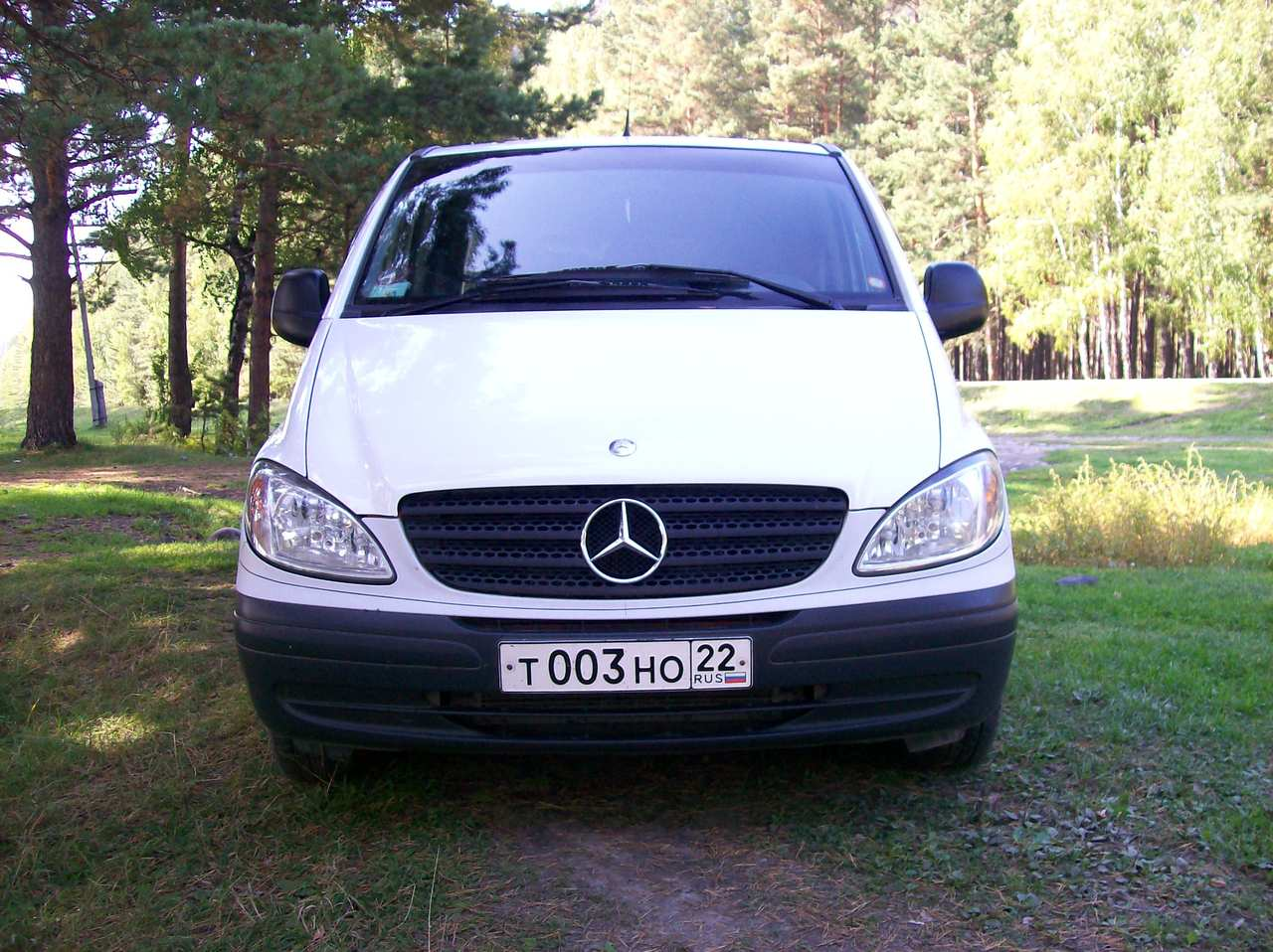 2004 Mercedes Benz VITO Photos 22 Diesel FR or RR Automatic