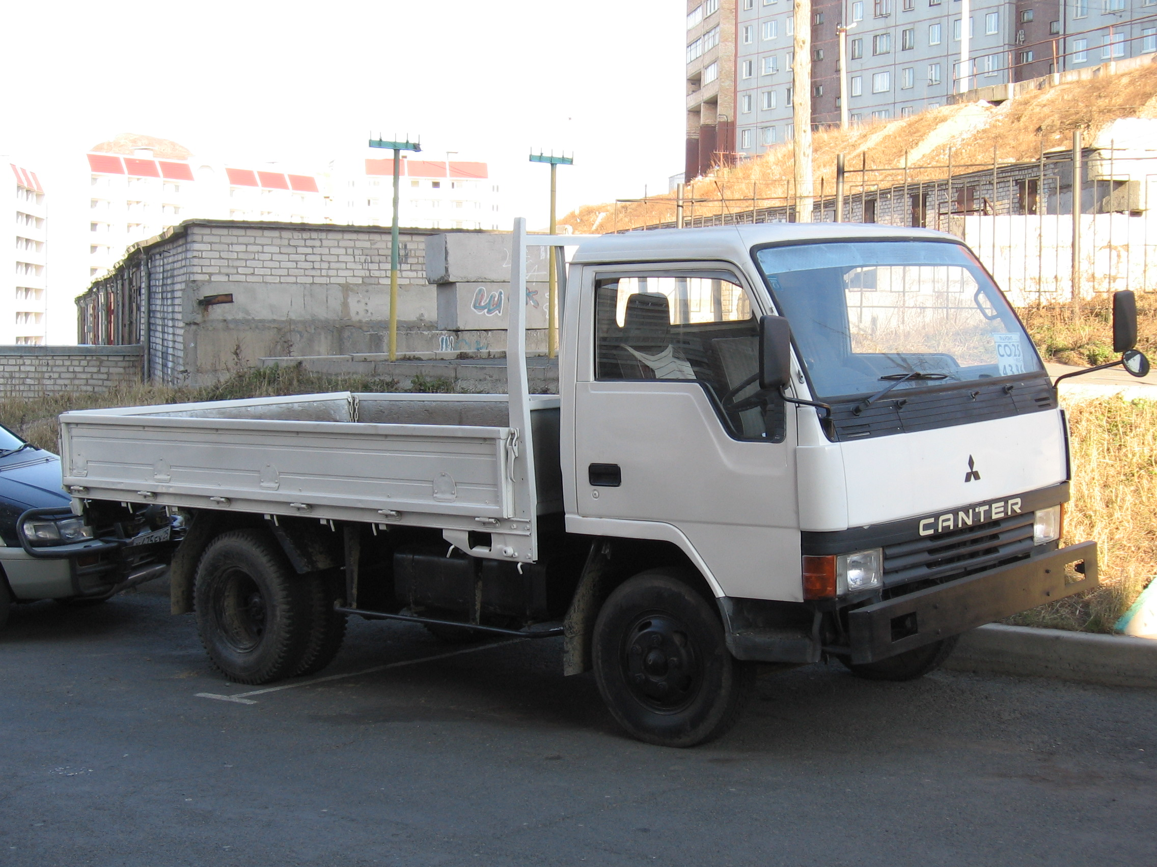 1988 Mitsubishi Canter Images For Sale