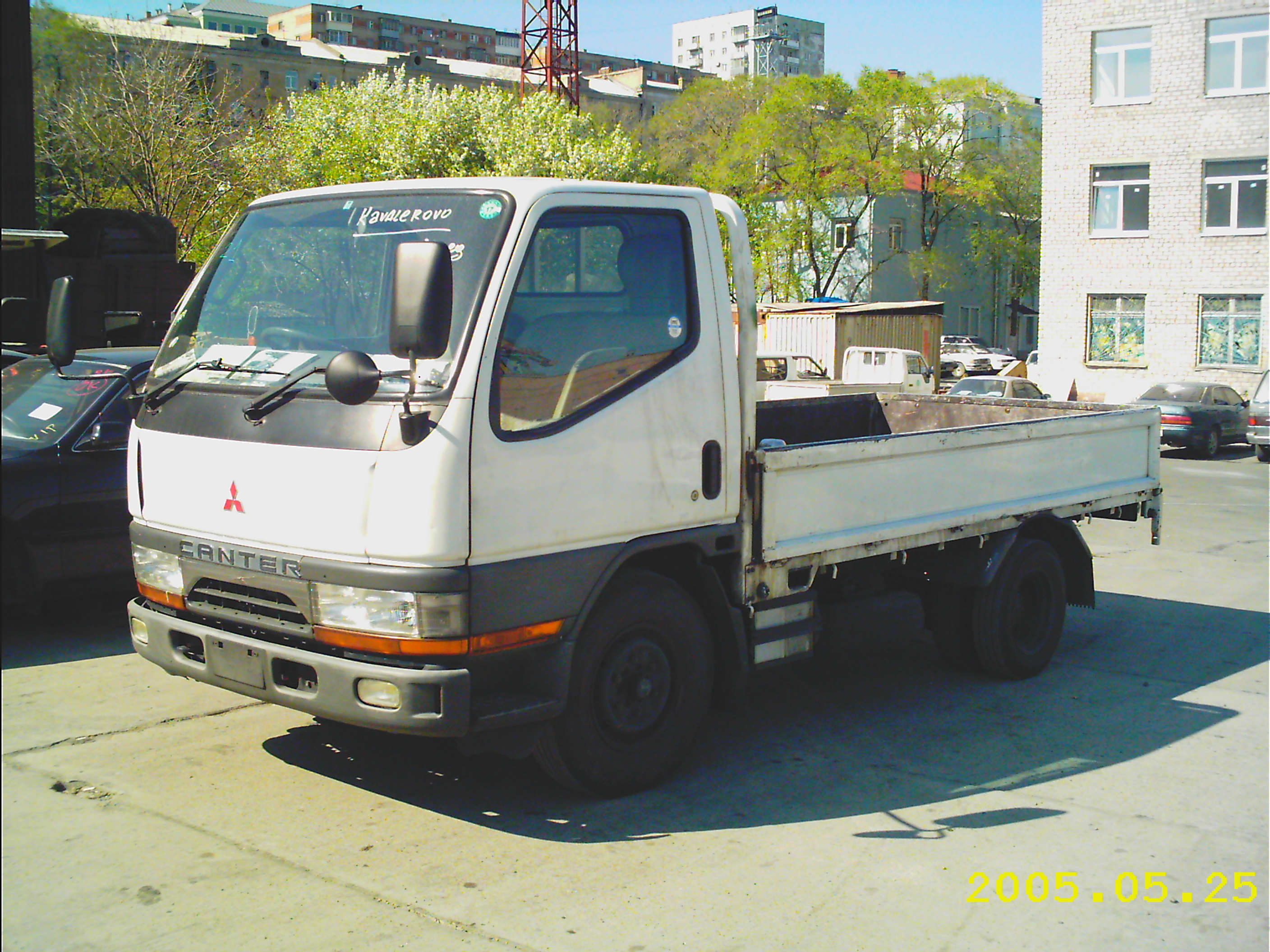 Canter truck sale double cabin 4wd japan import jpn car - 1997 Mitsubishi Canter