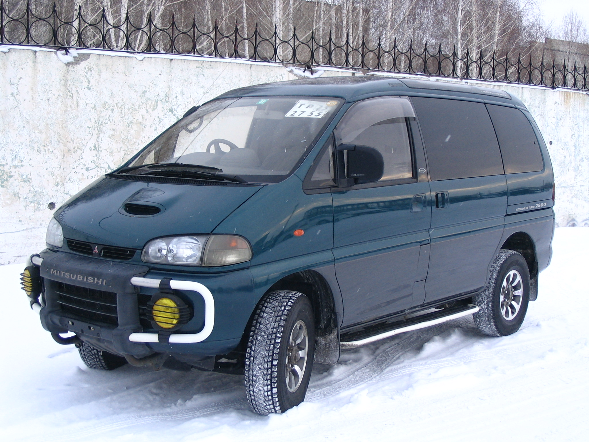 1996 Mitsubishi Delica Pictures, 2800cc., Diesel, Automatic For Sale