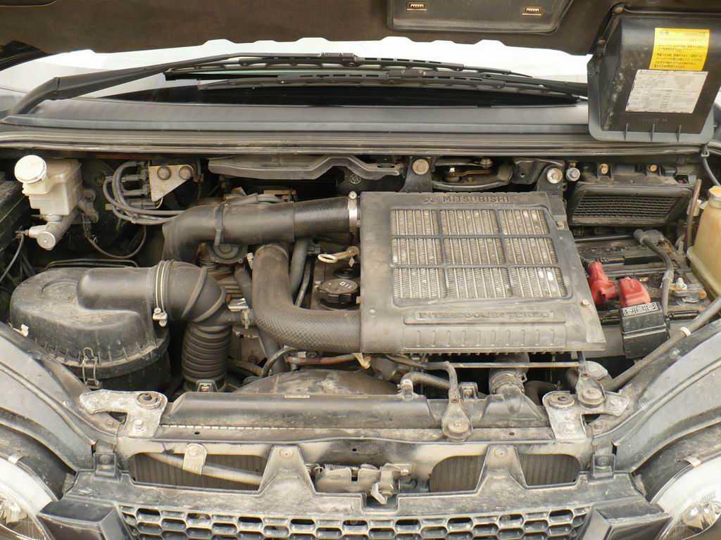 Used mitsubishi fuso vehicles for sale commercial motor for Commercial motor used trucks
