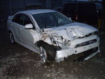 2009 Mitsubishi Galant Fortis Pictures