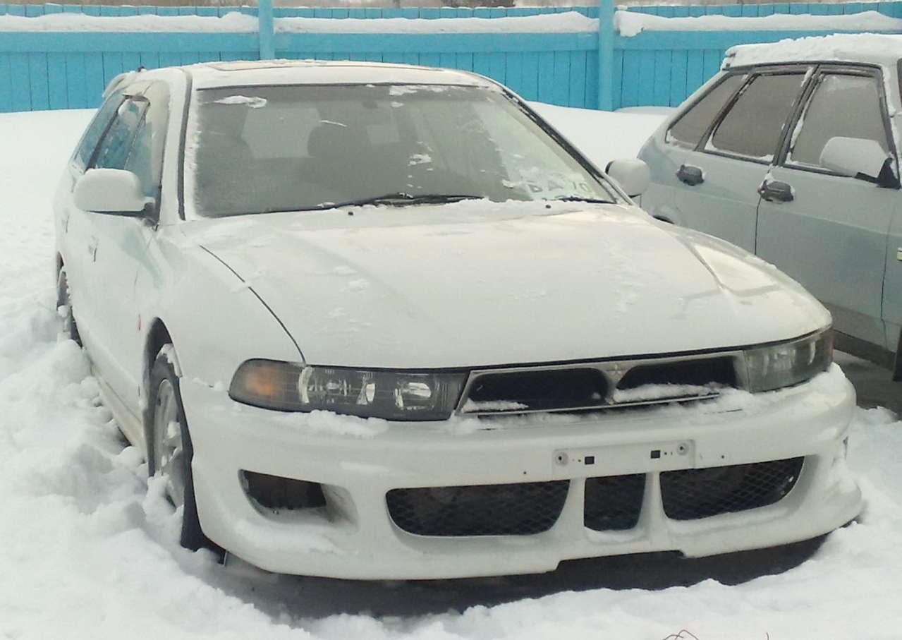 1998 Mitsubishi Legnum Pics