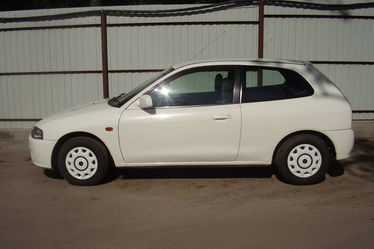 2000 mitsubishi mirage photos  1 3  gasoline  ff