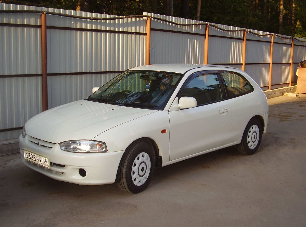 2000 Mitsubishi Mirage Specs  Engine Size 1300cm3  Fuel Type Gasoline  Drive Wheels Ff