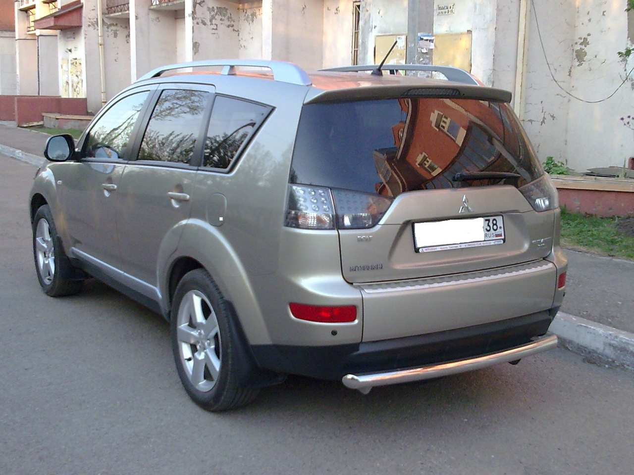 used 2008 mitsubishi outlander photos 2400cc gasoline automatic for sale. Black Bedroom Furniture Sets. Home Design Ideas