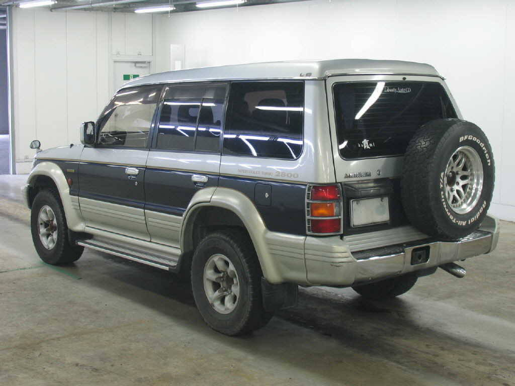 Used 1995 Mitsubishi Pajero Photos, 2800cc., Diesel, Automatic For Sale
