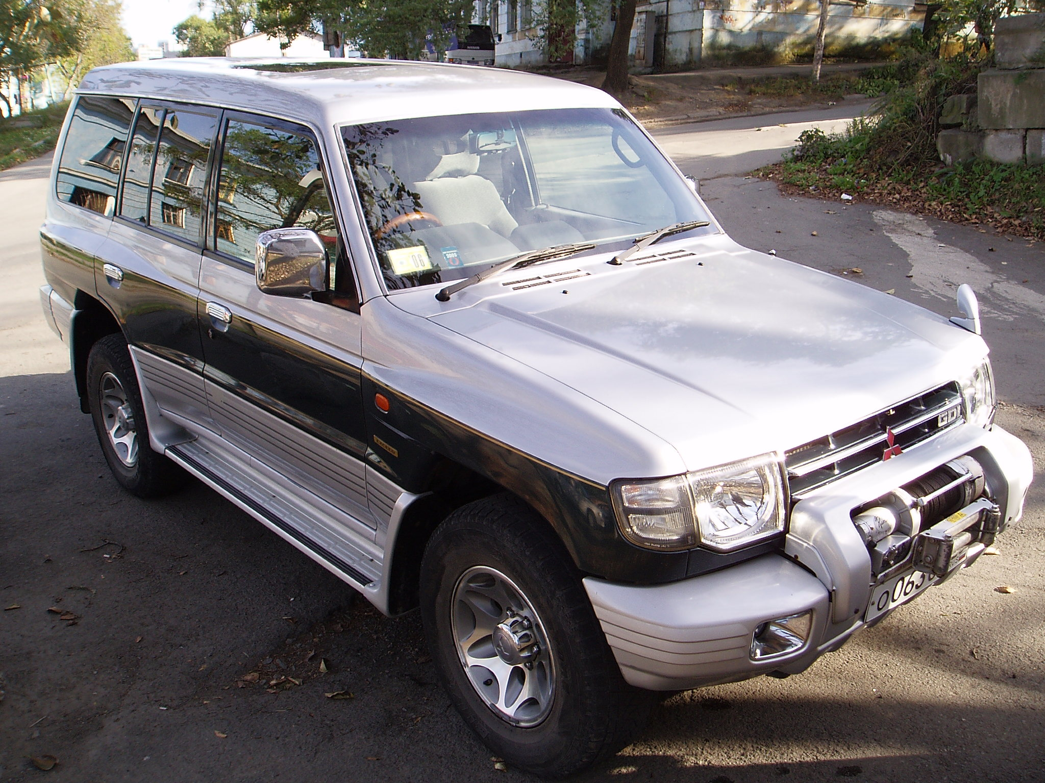 1998 mitsubishi pajero pictures 3500cc gasoline. Black Bedroom Furniture Sets. Home Design Ideas