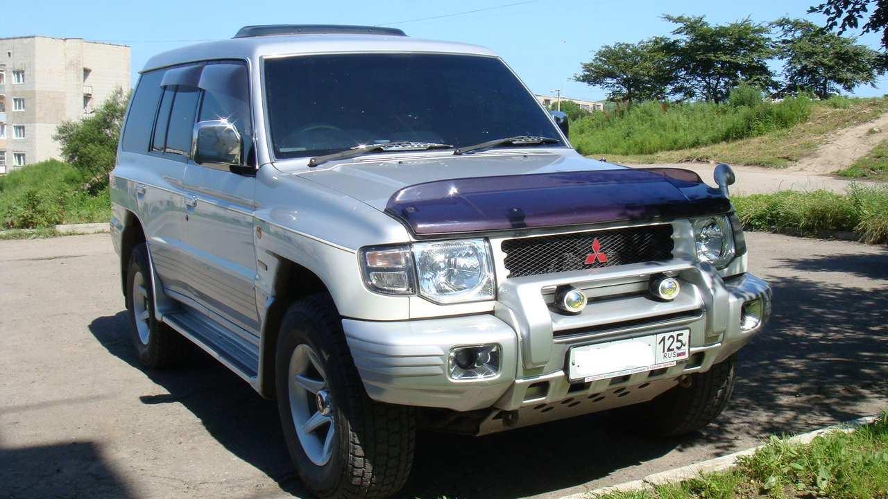 1998 Mitsubishi Pajero specs, Engine size 3.5l., Fuel type ...