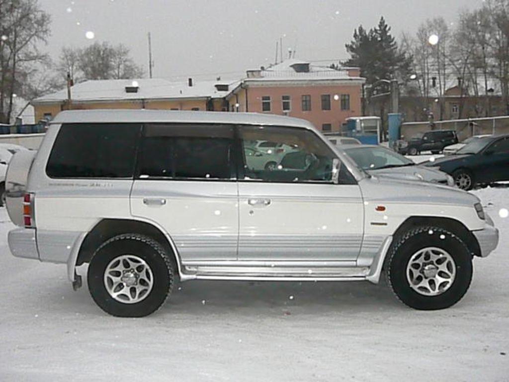 1999 Mitsubishi Pajero Pictures, 3500cc., Gasoline, Automatic For Sale
